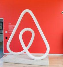 Airbnb a finalisé l'acquisition d'HotelTonight, pour une somme record