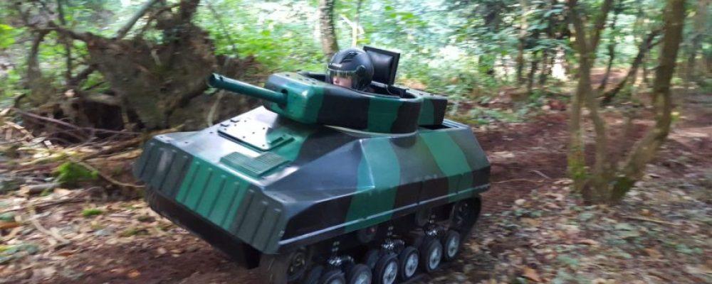 Unique en France : venez piloter et vous affronter aux manettes d'un mini-tank laser !