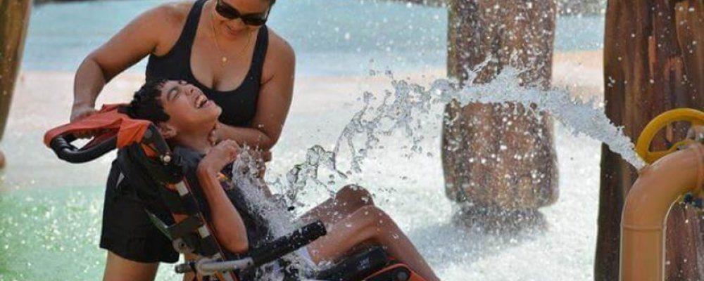 Inauguration du premier parc aquatique pour handicapés au monde!